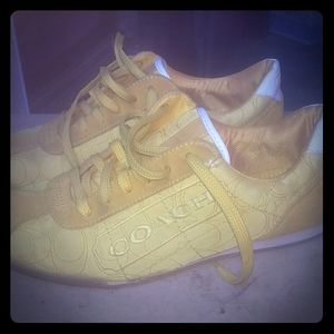 Coach tennis shoes size 7